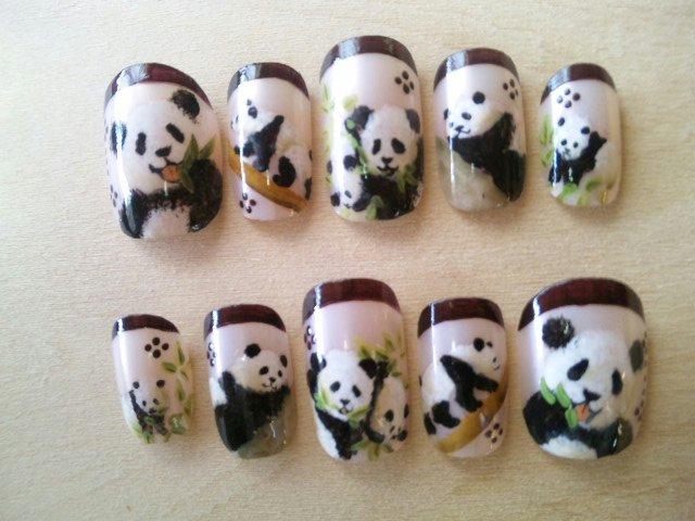 パンダのネイルチップ☆
