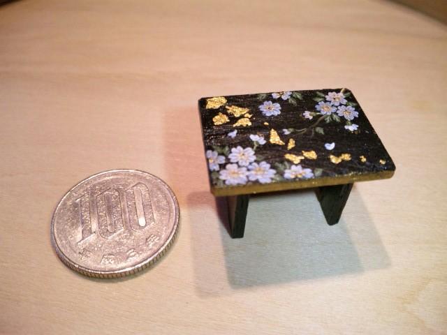 桜のミニチュア椅子
